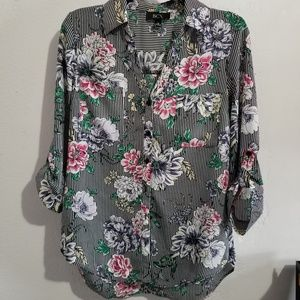 BCX flora button down top